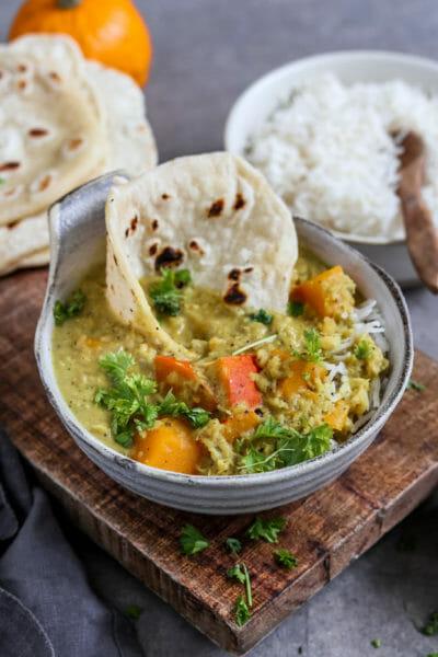 Linsen Kürbis Curry mit Blitz-Fladenbrot | vegan