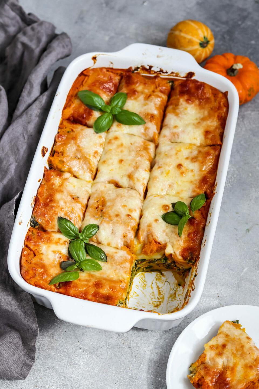 Vegane Kürbis Spinat Ricotta Lasagne.
