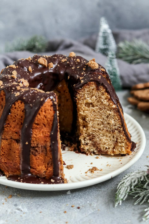 Vegan Speculoos Swirl Cake with Chocolate Glaze.