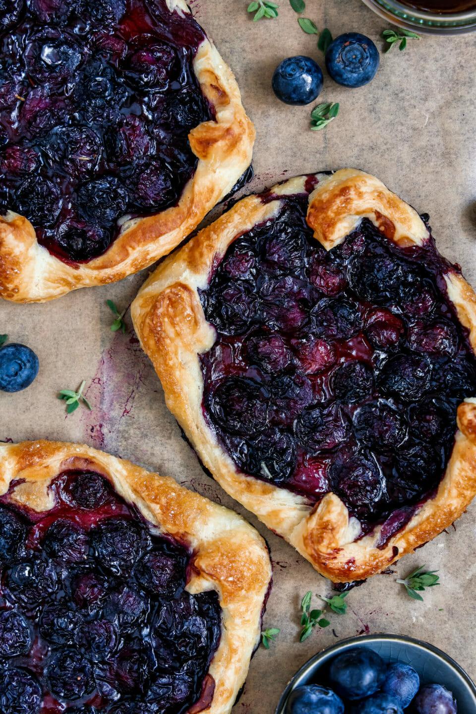 Vegane Blätterteig Tartes mit Blaubeeren
