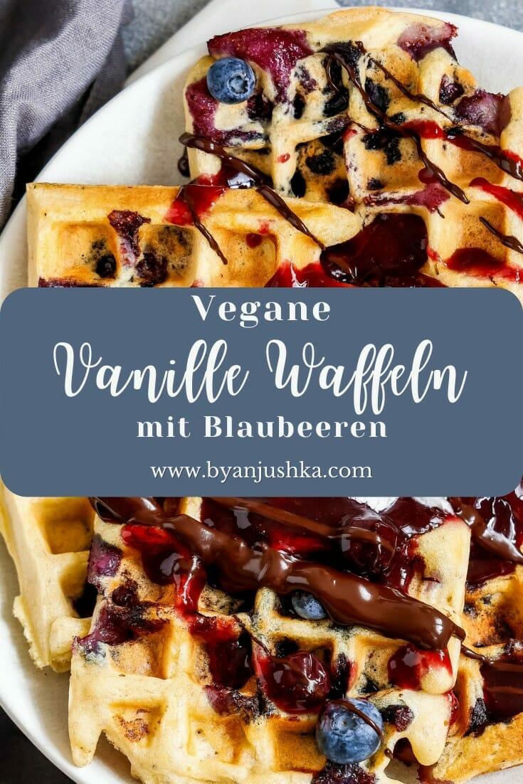 """Collage für das Rezept """"Vegane Vanille Waffeln mit Blaubeeren"""" zum teilen auf Pinterest"""