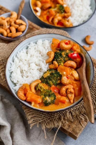 Süßkartoffel Curry mit Brokkoli